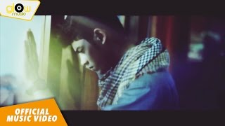 Aliando - Hanyalah KepadaMu [Official Music Video]