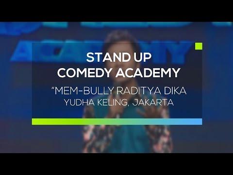 Mem-bully Raditya Dika - Yudha Keling, Jakarta ( Stand Up Comedy Academy 12 Besar )