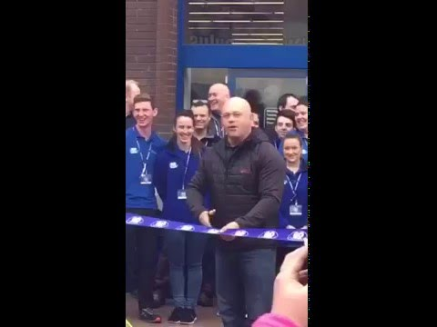 Ross Kemp Opening The Go Outdoors in Chatham Kent