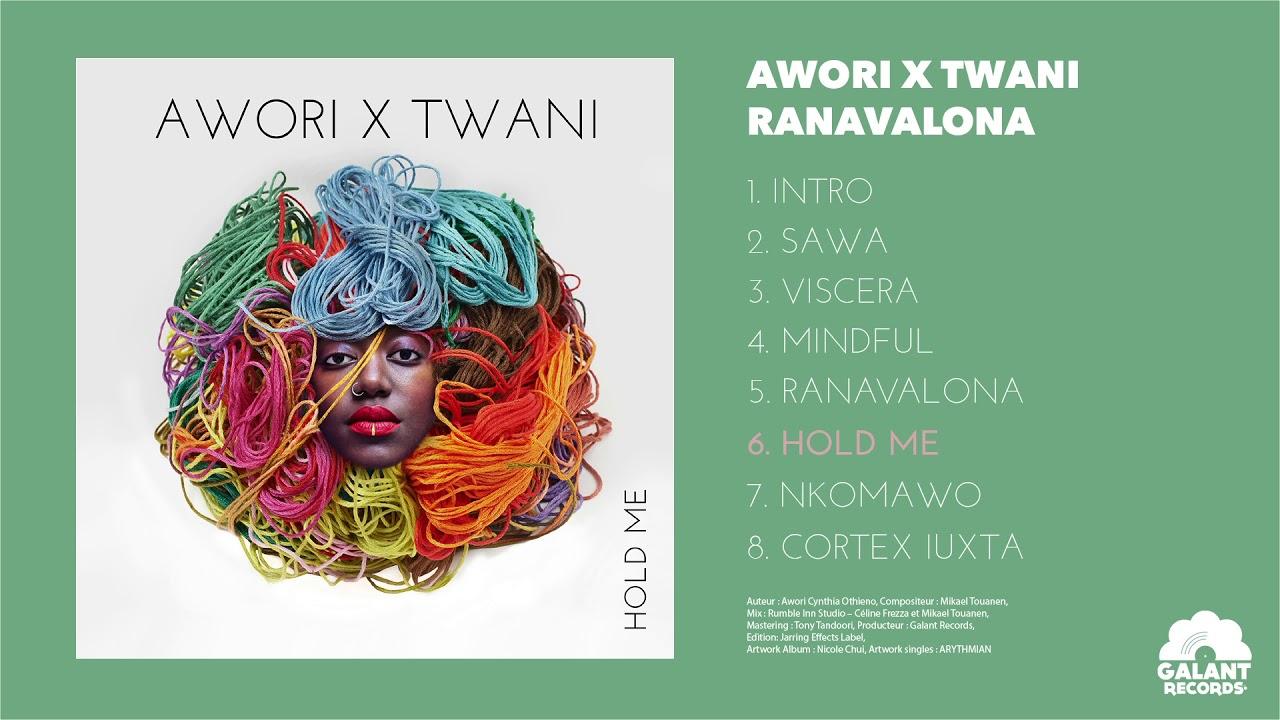 ALBUM DE AWoRI ET TWANI dANS LES BACS