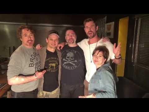 Scarlett Johansson, Jeremy Renner, Chris Hemsworth and Robert Downey Jr Avengers