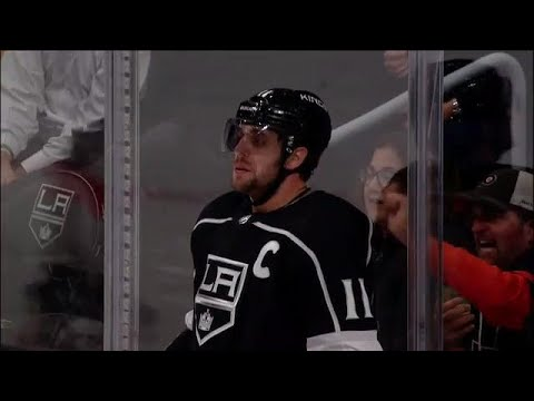 Gotta See It: Kopitar stunned after outstanding glove save by Neuvirth