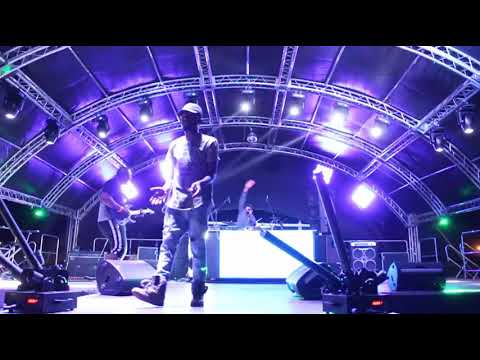 Kwesta Mmino Live Performance in Soshanguve