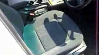 BMW318iアルピンホワイト