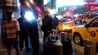 FIGHT AT THE PORT AUTHORITY -- VID 20151003 203647468