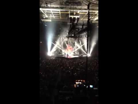 Carrie underwood blown away concert opening act