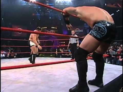 Turning Point 2005: AJ Styles vs. Samoa Joe