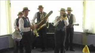 Muskrat Ramble - Dixieland Crackerjacks