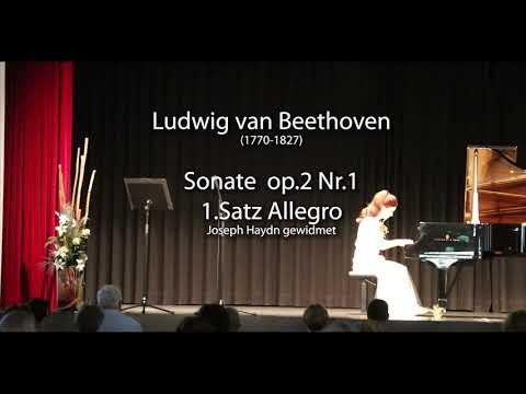 """Hommage an L.v.Beethoven zu seinem 250.Jubiläum Die Klaviersonate op.2 Nr.1 hat L.v.Beethoven im Jahr  1795 komponiert und Joseph Haydn gewidmet. Es ist ein fröhliches und zum Teil auch stürmisches Werk, das den jungen, begeisterten, in Erfolg badenden Beethoven in seiner ersten Zeit in Wien widerspiegelt. Die musikalische Sprache von Beethoven ist von Schicksalsschlägen und Hoffnungen, Freude und Verzweiflungen, klaren Linien und kompakten ausgeglichenen Formen erfüllt. Er wirkt wie ein Titan auf dem Parnas der Komponisten. Und: Trotz allen Umständen gibt er nicht auf und beendet seinen Lebensweg mit einer zukunfstweisenden Botschaft der """"Ode an die Freude"""" von Friedrich Schiller in seiner 9. Symphonie."""