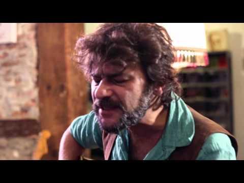 Quique González - 'Aunque tú no lo sepas'. Extras documental 'Aunque tú no lo sepas...'