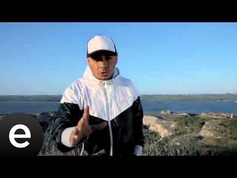 Bir Minik Mikrofon (Ceza) Official Video...