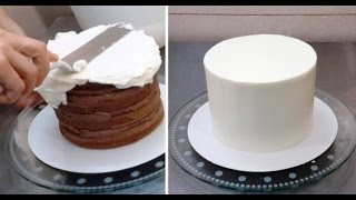How To Crumb Coat A Cake by CakesStepbyStep