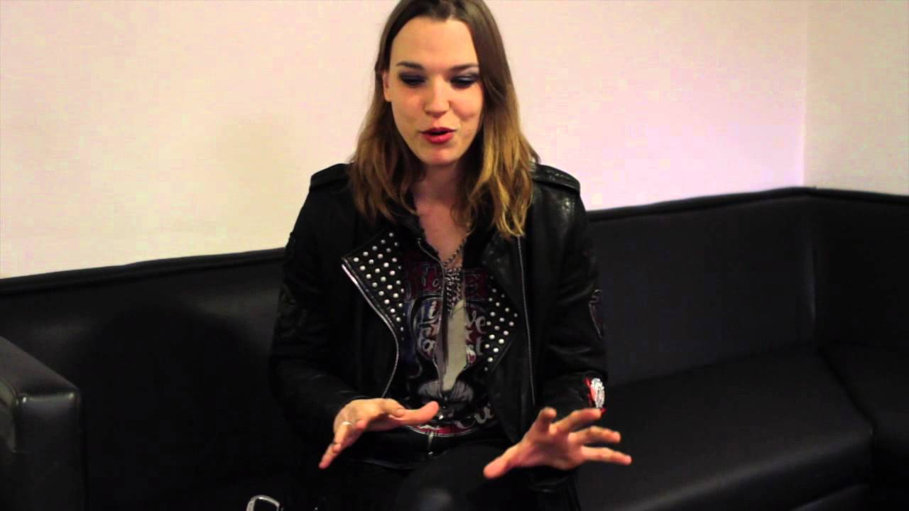 how to sing like lzzy hale