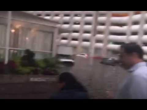 Godinez atrapados en sus oficinas por inundaci n en santa for Oficinas de youtube mexico