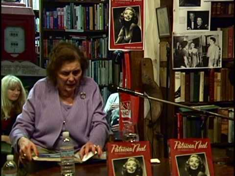 Patricia Neal & Stephen Michael Shearer at D.G. Wills Books, La Jolla, 2007: Part Five