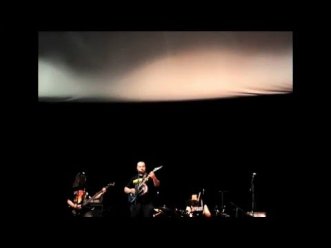 "Lelahell - Al ihtiqar ""live air"" at cinema maestra Algiers 05/26/2012"