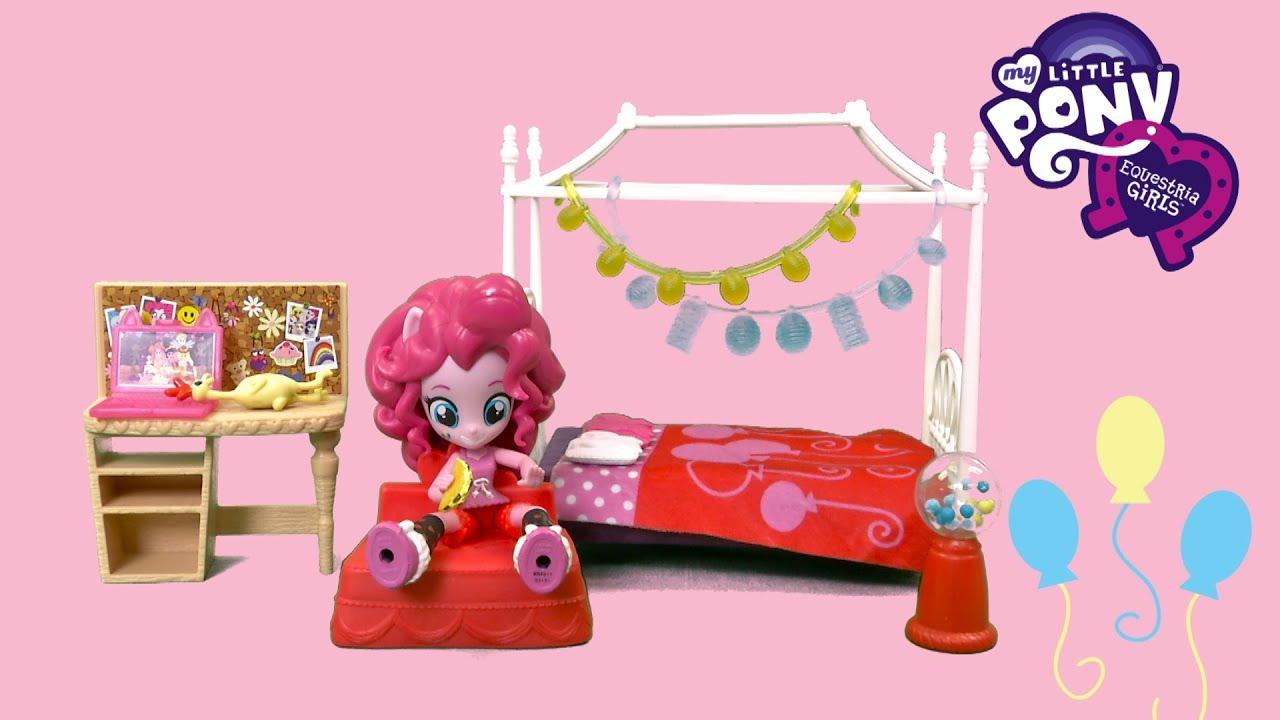 My Little Pony Equestria Girls Minis Pinkie Pie Slumber Party Bedroom Set  From Hasbro