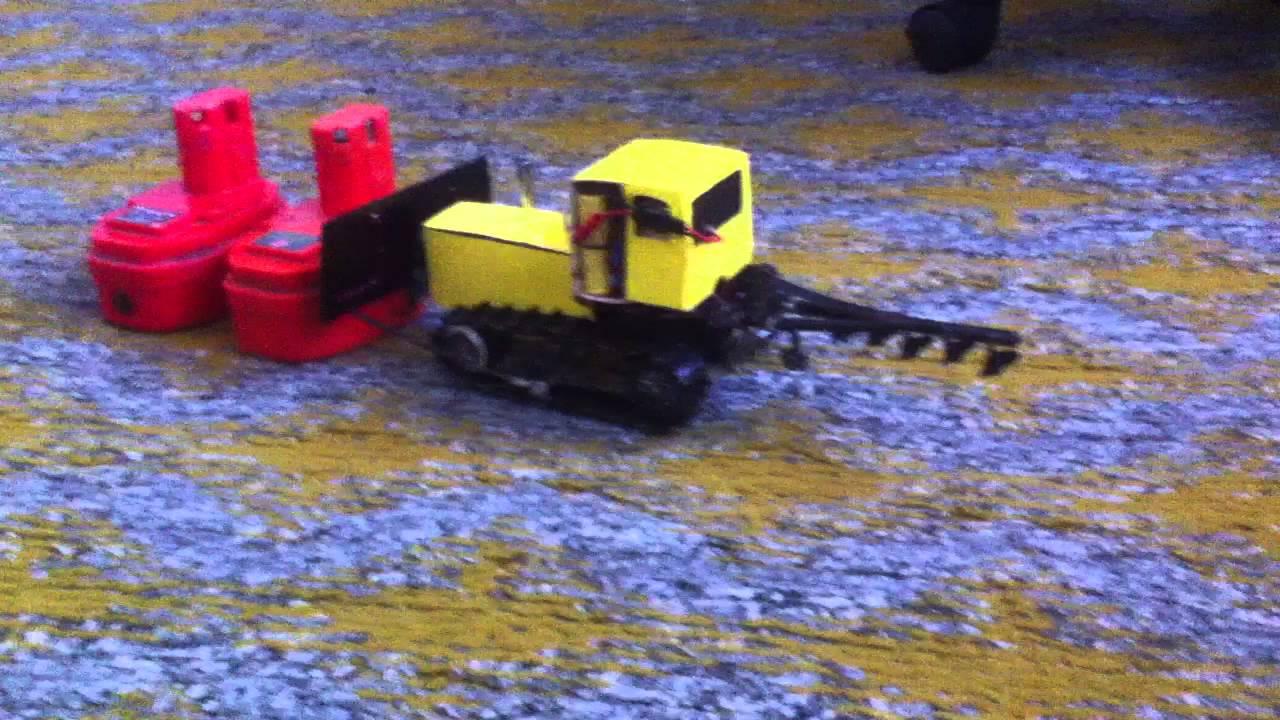 Как сделать трактор игрушечный фото 475