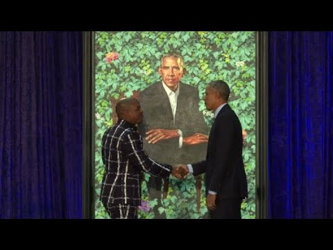 Obama\'s portrait unveiled at National Portrait Gallery