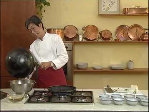 Cuisine Chinoise  13 Soupe aigrepiquante  YouTube