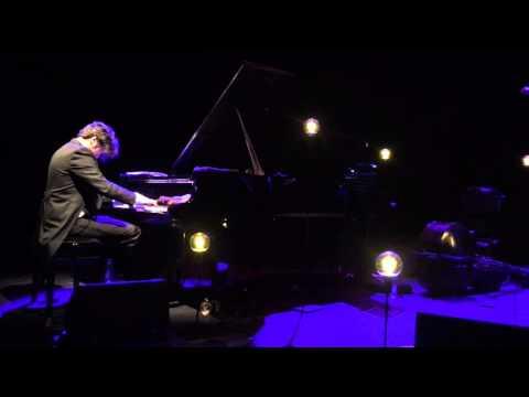 Luis Rabello playing Gnatalli
