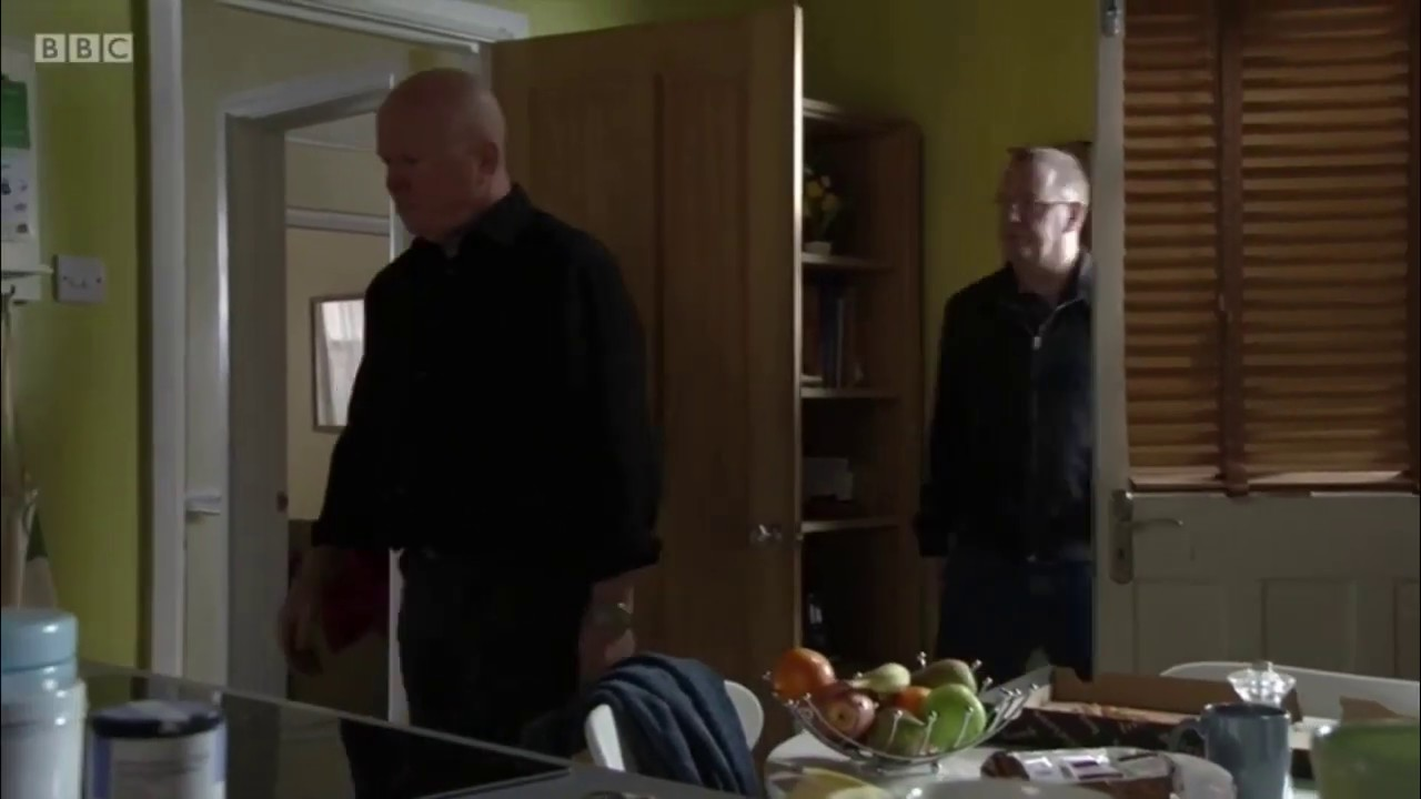 Eastenders Phil Mitchell Threatens Ian Beale 9th June 2020 Youtube