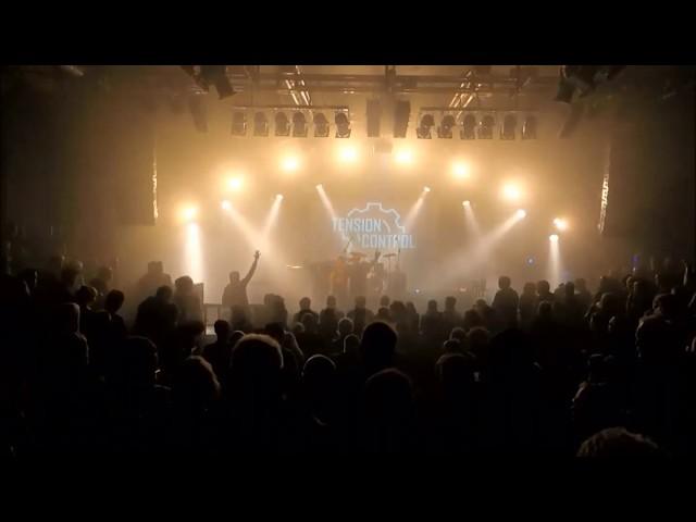TENSION CONTROL ft. Eli van Vegas - Euroträume (ZWEITE JUGEND Remix) live Hamburg 11.11.2017