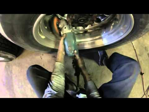 Evan's Detailing and Polishing how to polish a rear/drive wheel on a Semi.
