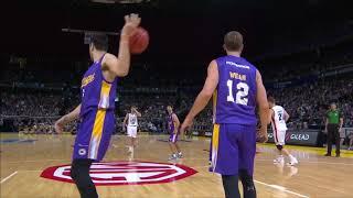 Daniel Johnson with 22 Points vs. Sydney Kings