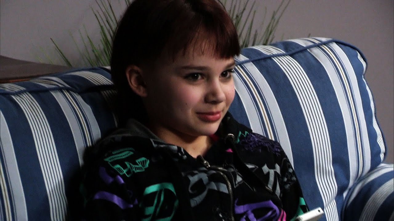 Little Girl With Evil Grin Who Has Parents Shook On Dr  Phil | Bossip