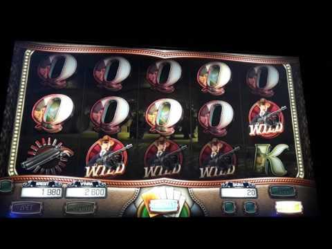 Gangster World slot big win