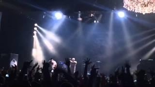 "Tech N9ne & Krizz Kaliko ""Straight Out The Gate & Einstein"" Live"