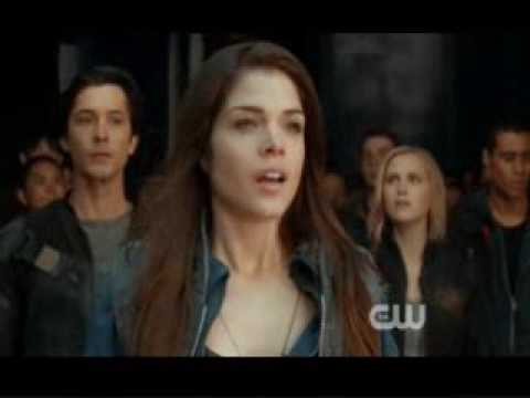 """Download The 100- Earth's First Steps (S1E1 """"Pilot"""")"""
