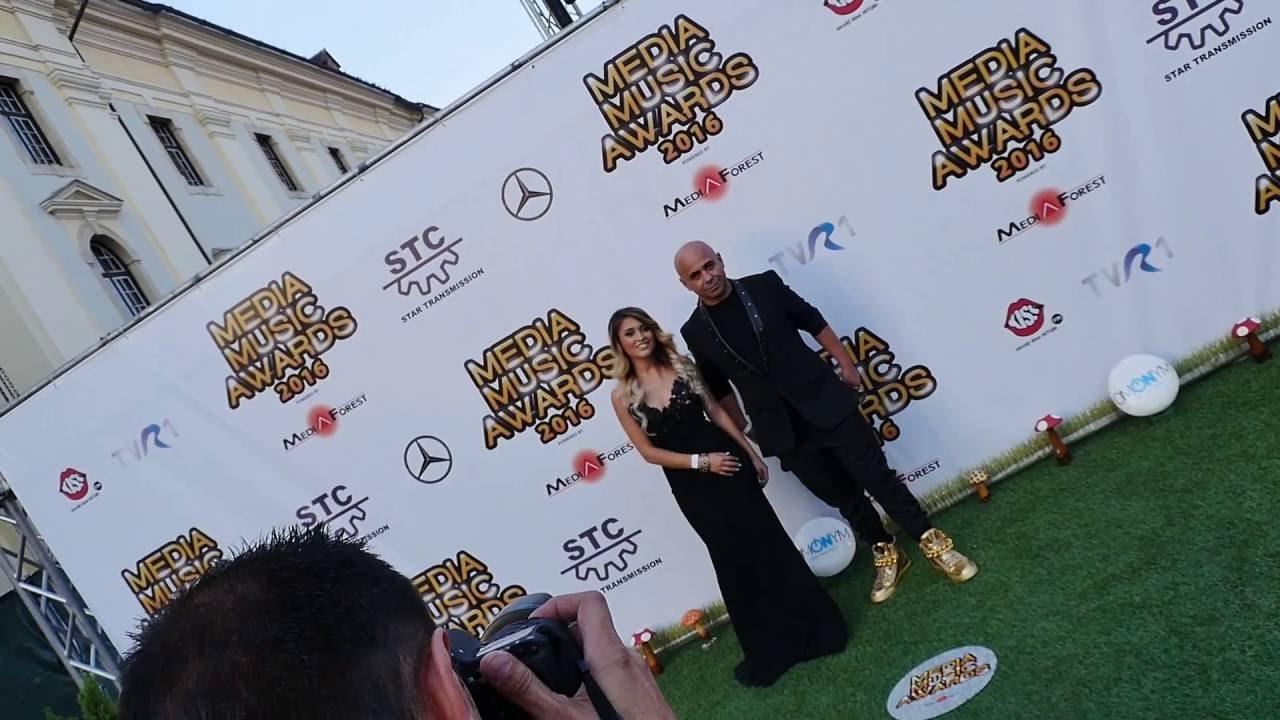 Download DJ Sava și Irina Rimes sosesc la Media Music Awards 2016