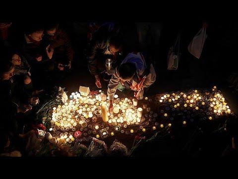 Megemlékezés az áldozatokról a Trafalgar Square-n