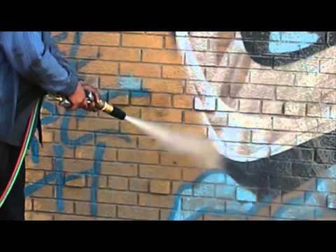 Soda Blasting VS Dustless Blasting For Graffiti Removal