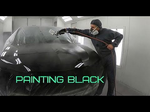 Car Painting: Painting Gloss Black on a Luxury Car