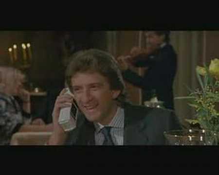 Yuppies 2 1986 E Greggio Scena Ristorante Con Telefonata