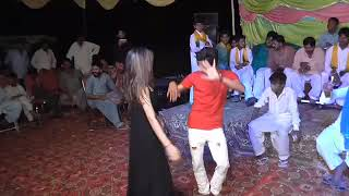 Dance on patlo song !! new dance girl and boy ion patlo song