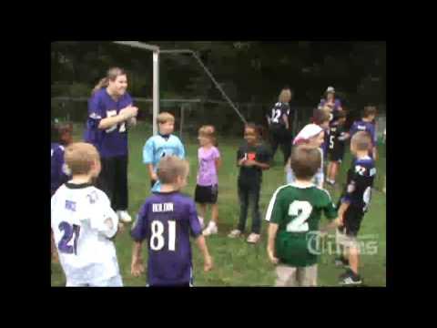 Ravens players visit Sandymount Elementary School.mp4