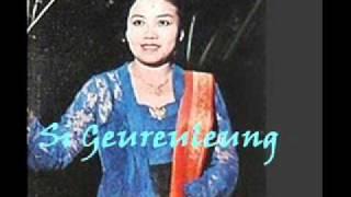 SI GEUREULEUNG - GORENG DAGE         ( P'Dhede Ciptamas).wmv