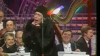 Смотреть Александр Песков - пародия на Надежду Бабкину (Песня Года 1991 Финал) онлайн