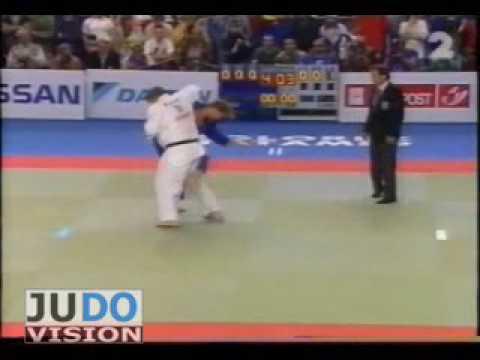 JUDO 1997 European Championships: Dennis van der Geest (NED) - Selim Tataroglu (TUR)