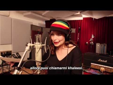 Emilia Clarke - Rastafarian Targaryen [LEGENDADO] (Game of Thrones Musical)из YouTube · С высокой четкостью · Длительность: 41 с  · Просмотры: более 9.000 · отправлено: 28-5-2015 · кем отправлено: Ygor Palopoli