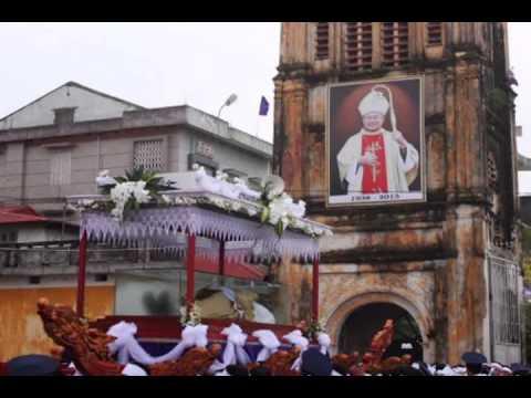 Hình Ảnh Tang Lễ Đức Cha Giuse Hoàng Văn Tiệm-Giáo Phận Bùi Chu 21-08-2013