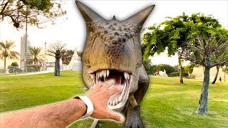 Visitando Museu dos Dinossauros e Brincando na Loja de Brinquedos