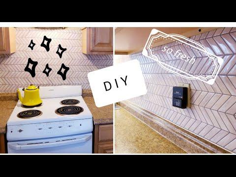 DIY BACKSPLASH // PEEL & STICK TILES