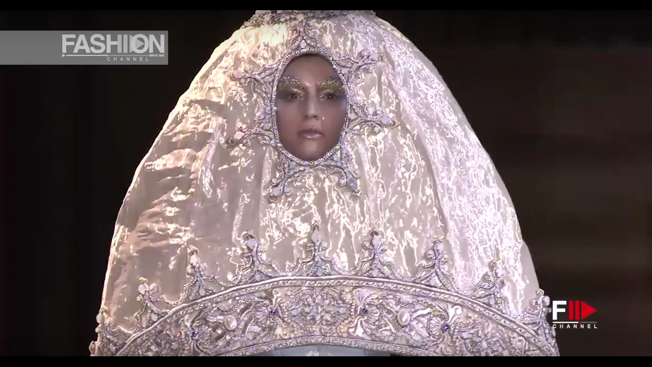 Guo Pei Haute Couture Spring Summer Full Show 2017 Paris By Fashion Channel Youtube