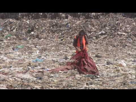 Super trash film / cannes festival 2015 teaser red carpet martin esposito / MAN VS TRASH the movie