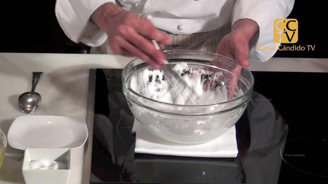 Montar claras a punto de nieve - YouTube